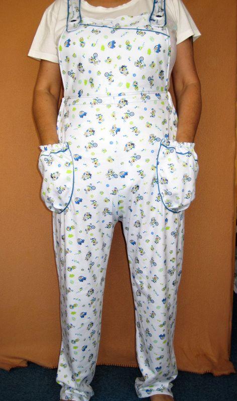 Dlouhé úpletové kalhoty s laclem