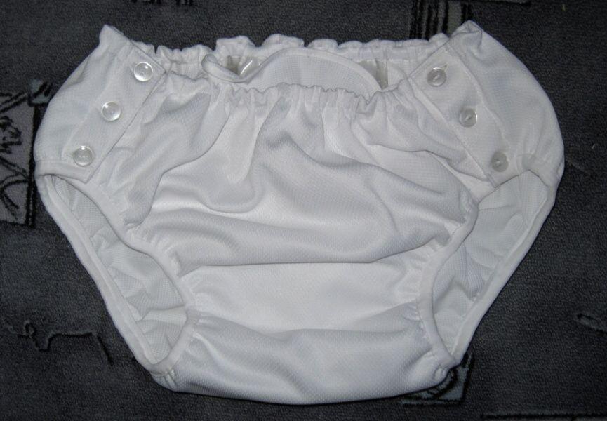 Zapínací kalhotky se sandrou